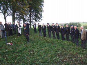 DH-DOVE-Wreath-Laying-034